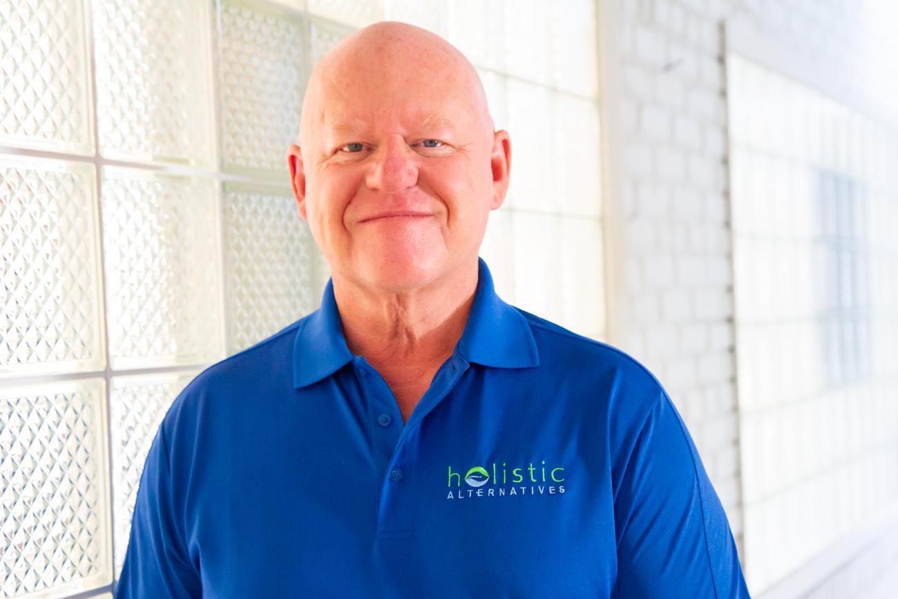 Robert Lutz - Acupuncturist & Massage Therapist Long Island